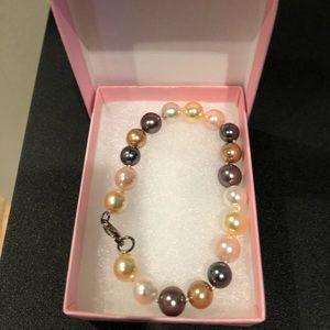 Jewelry - Freshwater Pearl Bracelet.  NIB